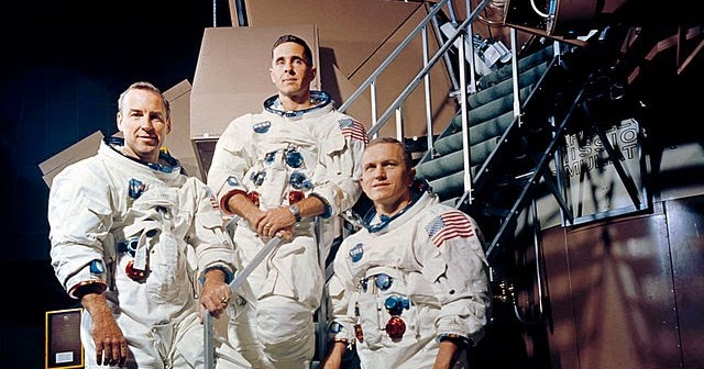 640px-Apollo_8_Crewmembers_-_GPN-2000-001125