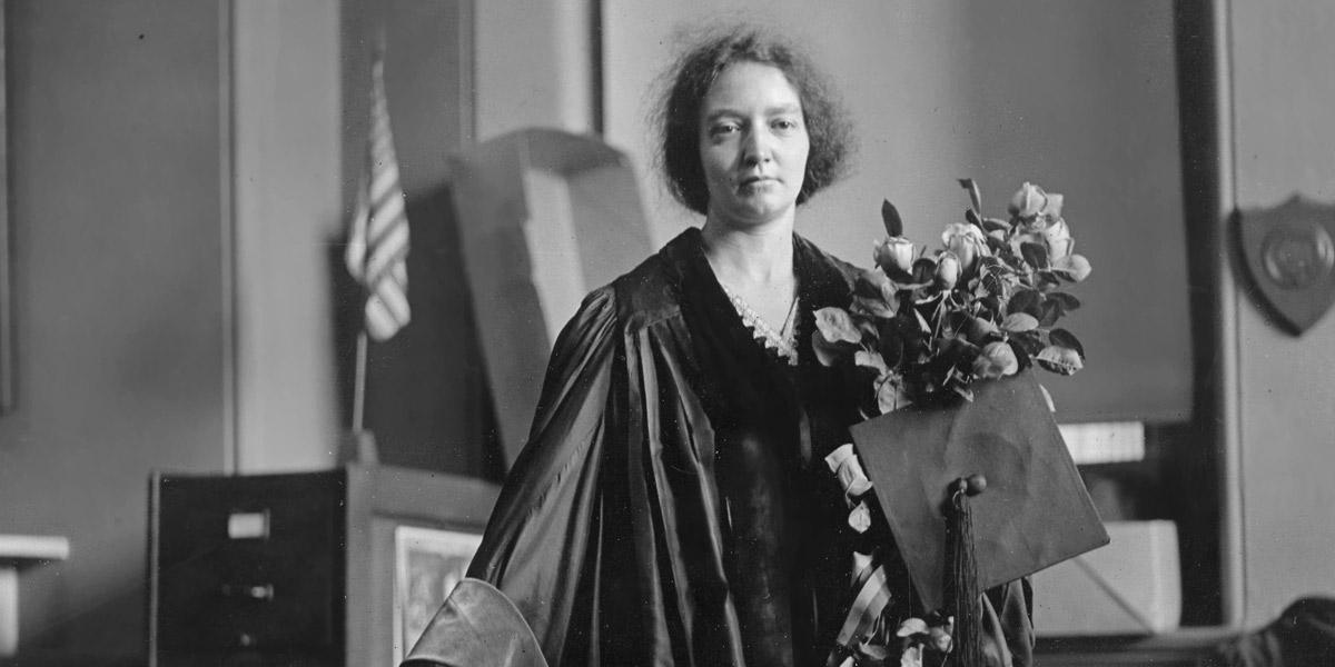 Le fleur du la vie: Irène Joliot-Curie, una mujer extraordinaria – Sólo es Ciencia