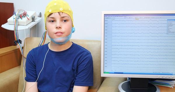 Cómo-ayuda-el-electroencefalograma-a-tus-hijos
