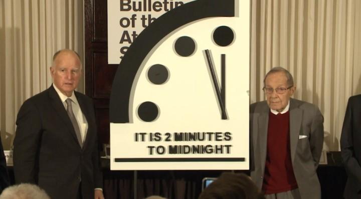 reloj-2-minutos-medianoche